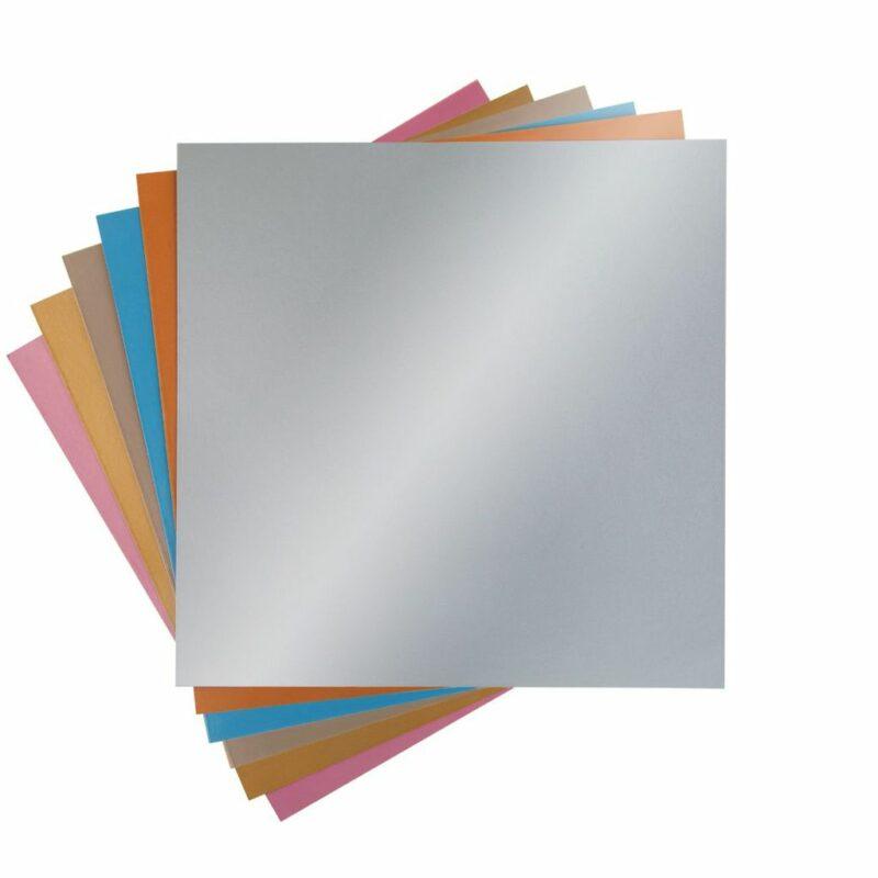 2002741_Metallic Poster Board